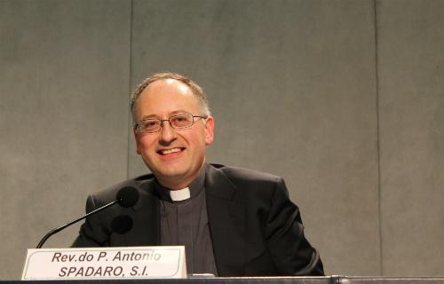 Digital diplomacy, social media and the Holy See