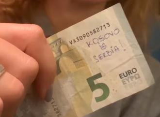 """""""Kosovo je Srbija"""": Ivica Dačić se priključio kampanji ispisivanja poruke na novčanicama"""