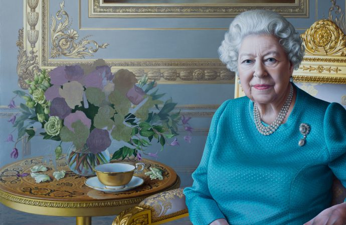 Painting Her Majesty